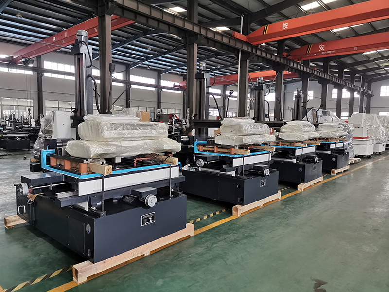 4 SetsofDK7763F Machine Tools Have Been Ready to Delivery